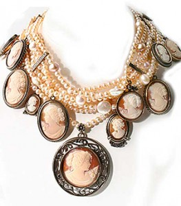modern vintage style jewelry